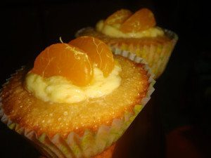 mandarin-orange-cupcakes