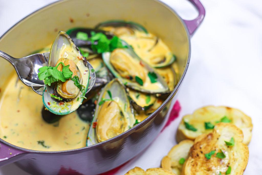 Mussels In Lemon Garlic Butter Sauce
